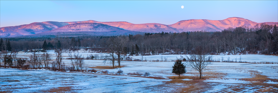 Catskill Mountain Sunrise, Round Top